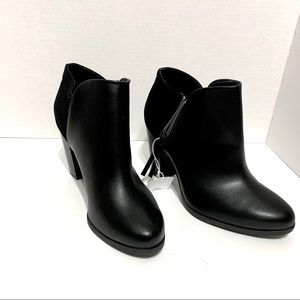 Foo I Black BWT Ankle Booties- 7 1/2W